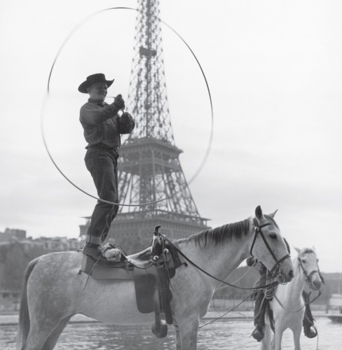 Charles Belden, Paris Trick Roper, vers 1950 [MS 003, Charles Belden Collection, McCracken Research Library, Buffalo Bill Center of the West, Cody, Wyoming, Gift of Verna Belden].